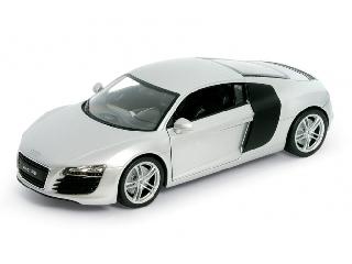 Audi R8 Autó 1:24 (22493)