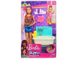 Barbie bébiszitter játékszett - Barna hajú lila tinccsel baba, fürdőkáddal