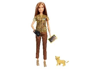 Barbie National Geographic természetfotós oroszlánkölyökkel