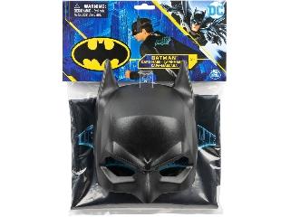 Batman köpeny és maszk