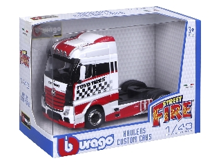 Bburago 1 /43 - M-B Actross kamion piros