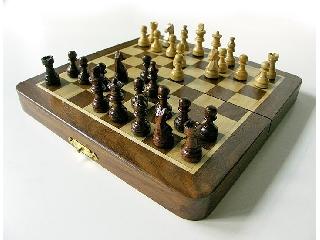 Fa sakk-készlet mágneses 17x9x4cm-es