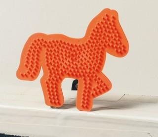 Gyöngyrakó minta, ló