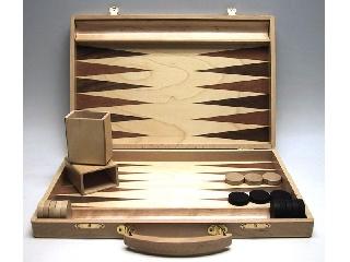 Backgammon - fa kivitelben 35x23 cm-es