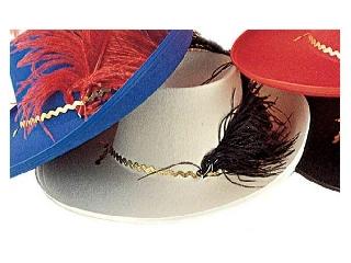 Muskétás kalap filcből (fehér színben)