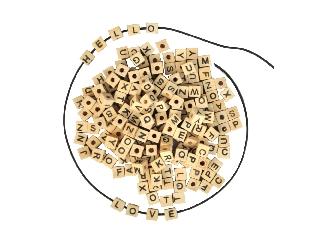 Playbox Fa gyöngyök 300 db - betűk