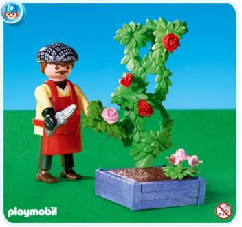 Rózsametsző kertész