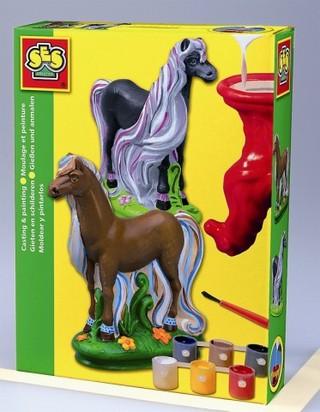 Hosszú sörényű ló, térbeli gipszöntő szett