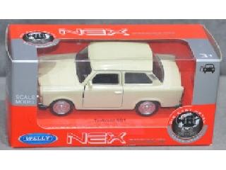 Trabant fém autó 12 cm-es törtfehér